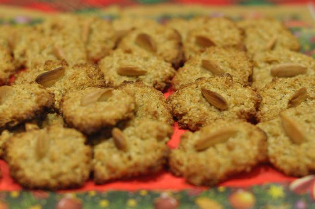 DSC_8045ROatmeal cookies